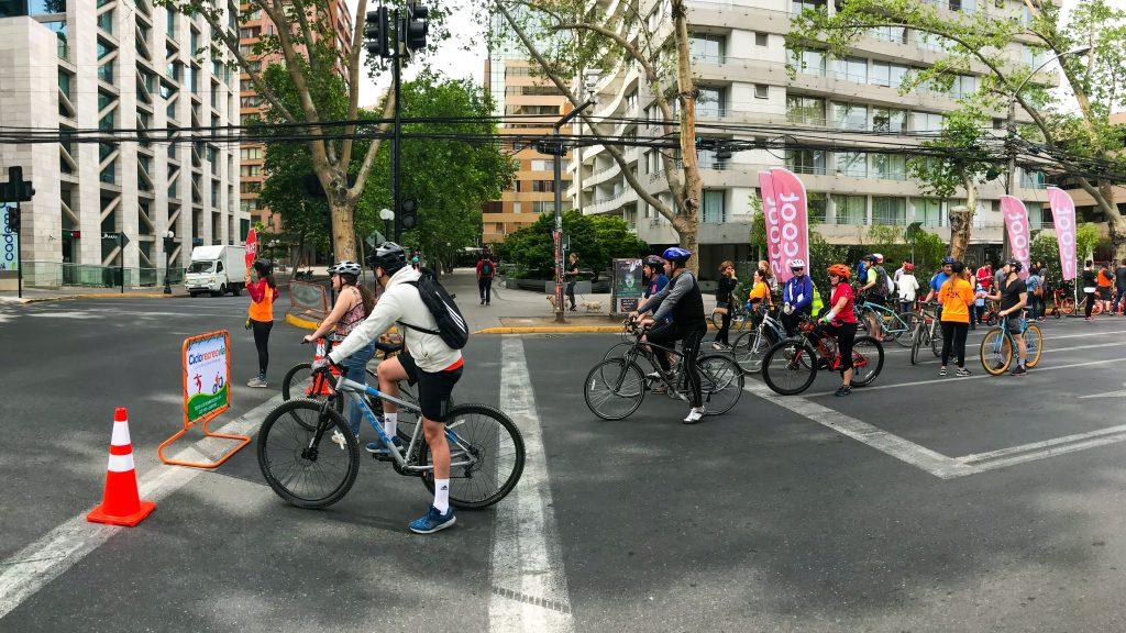 Imágenes de la Ciclorecreovía en Chile